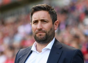 Bristol City SACK Lee Johnson after one more defeat, Leeds and Brentford win