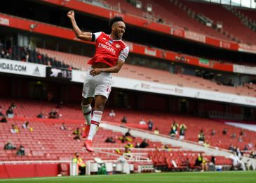 Arsenal information LIVE: Mikel Arteta pleads with board over Pierre-Emerick Aubameyang, Willian a 'fantastic match' for Gunners