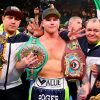 Canelo Alvarez SPLITS from Golden Boy and DAZN contracts and is now a free agent, in accordance with supervisor Eddy Reynoso