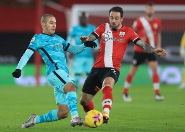Tottenham protecting tabs on Southampton striker Danny Ings who eyes return to Champions League membership with doubts over new Saints contract