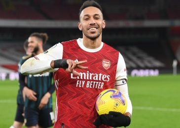 Jamie Redknapp's remarks about Pierre-Emerick Aubameyang branded 'foolish' as striker backed to complete season with 20-25 objectives for Arsenal