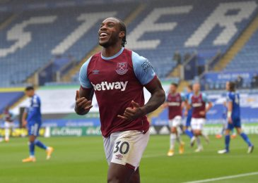 Charlie Austin urges England boss Gareth Southgate to think about West Ham striker Michail Antonio as Harry Kane back-up for Euro 2020