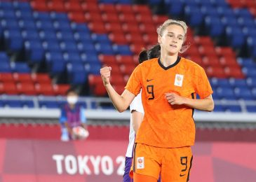 Arsenal famous person Vivianne Miedema breaks long-standing Olympics document by hitting EIGHT objectives in opening three group matches for the Netherlands